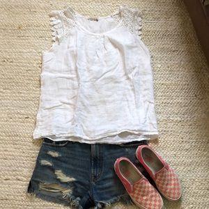White linen blend cap sleeve white shirt sz M